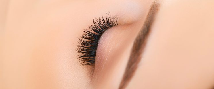 Woman with Thick Eyelashes by APT Medical Aesthetics Banner