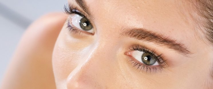 The Downside of Eyelash Extensions SHARE